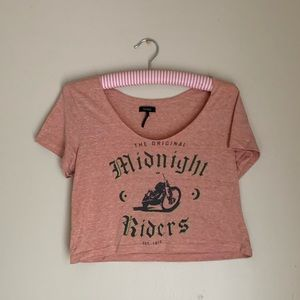 Vintage-Style Cropped Graphic Tee